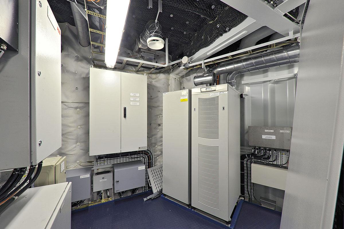 Eaton UPSs pic 1