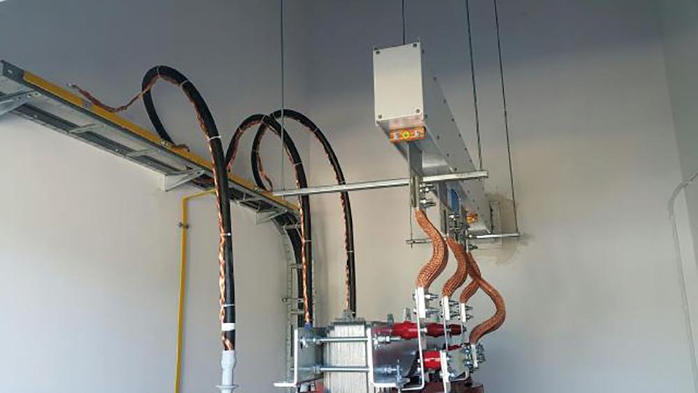 Głowica do transformatora szynoprzewodu POWERTECH 2000A (Electropoli, Nowa Sól)