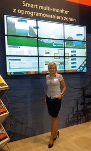 Urszula Bizoń-Żaba - dyrektor operacyjny firmy COPA-DATA Polska podczas targów ENERGETAB 2016 na stoisku firmy COPA-DATA Polska.