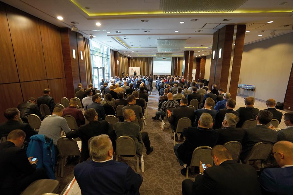 W konferencji wzięło udział blisko 200 osób